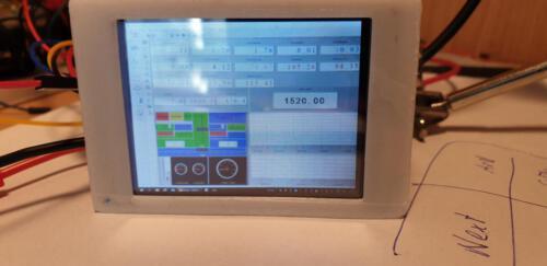 1 Monitor mit angepasster Anzeige